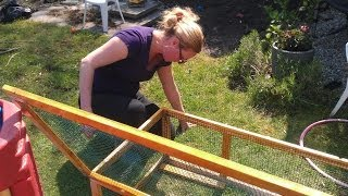 Construction outdoor guinea pig hutch by Nicole