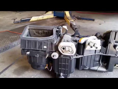2002 Chevrolet 1500 Heater Core Replacement