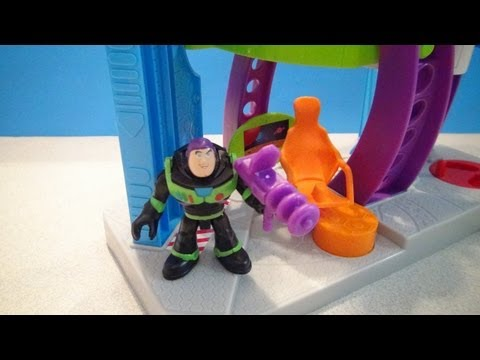DISNEY IMAGINEXT TOY STORY STAR COMMAND WITH BUZZ LIGHTYEAR PLAYSET VIDEO REVIEW