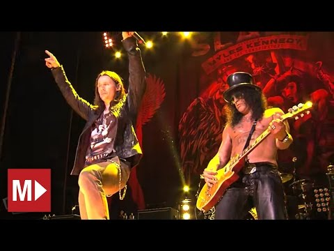 Slash ft. Myles Kennedy &amp; The Conspirators - Paradise City (Live in Sydney)