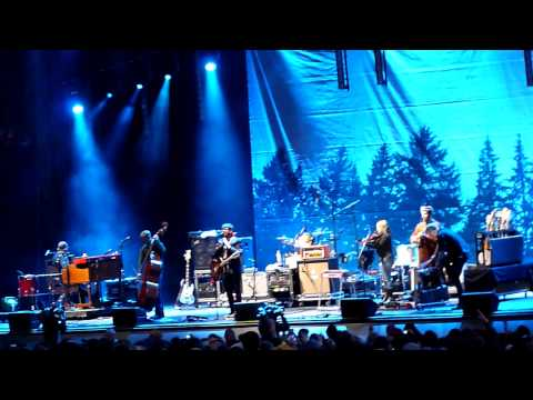 The Decemberists - 5-30-11 - Sasquatch Festival - The Mariners Revenge Song - Encore
