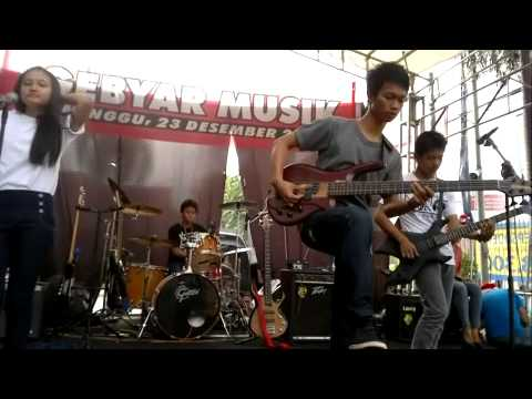 ARES/SEDIKIT WAKTU (COVER BY G-FORCE BAND)