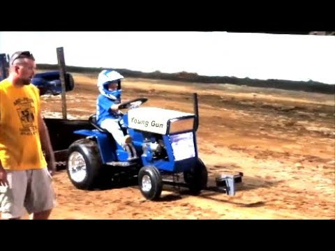2017  BEAVER  SPRINGS PA GARDEN TRACTOR PULLING COMPETITION