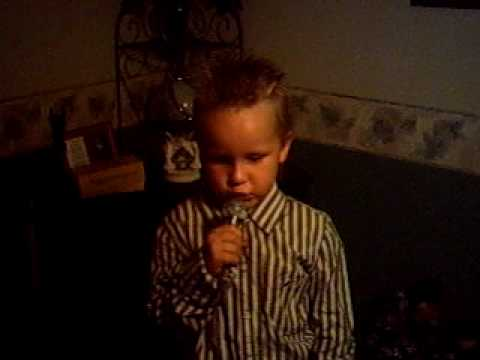 Cute Kid Singing chicken Fried video