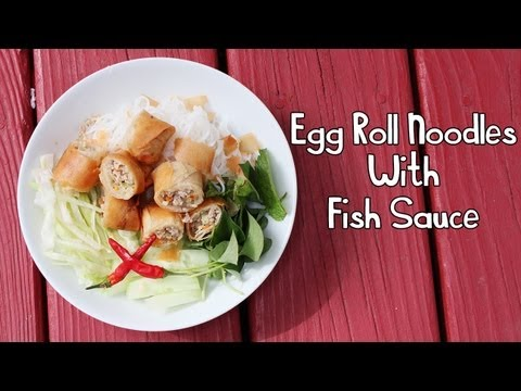 Cooking With Mom: Egg Roll Noodles & Fish Sauce {Bún Chả Giò}