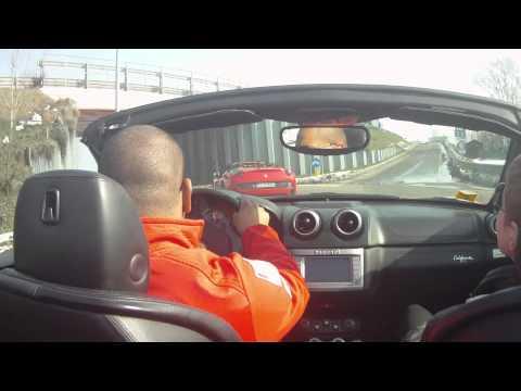 Тест-драйв Ferrari California в Maranello, Italia