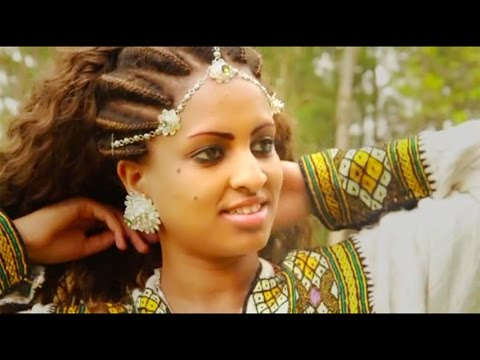 Desta G/gergis - Bahlawi Chira  New Traditional Tigrigna Music (Official Video)