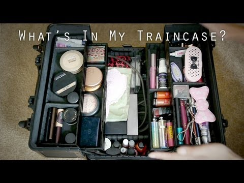 What's In My Traincase?