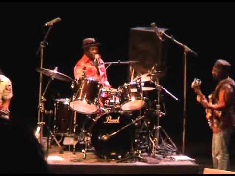 Tony Allen Black Series feat. Amp Fiddler - Ariya - 2012