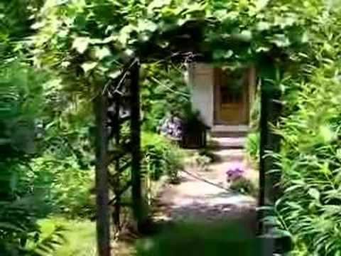Feng Shui Cottage Entrance