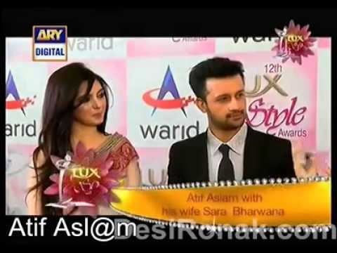Atif Aslam with his wife Sara at the Red Carpet of Lux Style Awards 2013 Music Videos