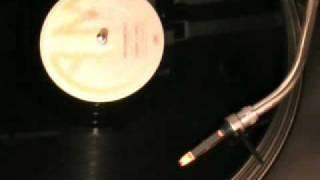 Watch Quincy Jones Razzamatazz video