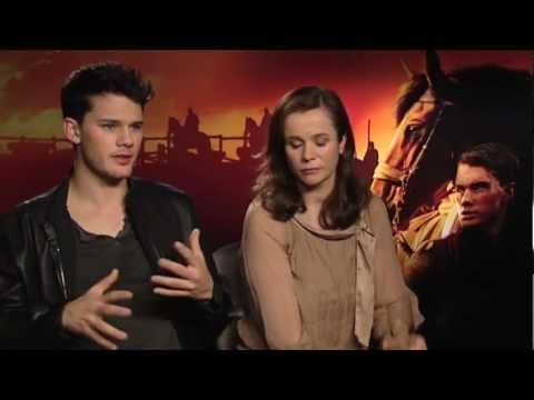 Emily Watson And Jeremy Irvine Interview -- War Horse