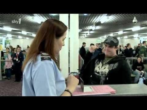 UK Border Force S01E04