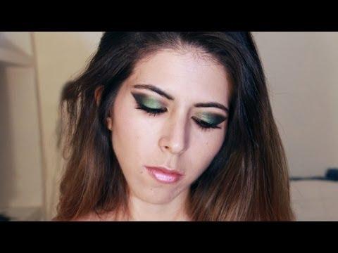 Maquillaje de ojos en dorado, verde y negro (tutorial) Green, gold and black smokey eyes