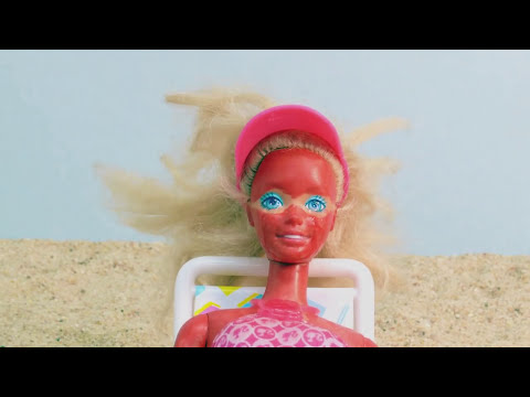 Barbie's Having a Bad Day: Going to the Beach - A Stop Motion animation by Shakycow