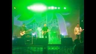 minrev - teman lama live at Law Festival 2014 Semarang