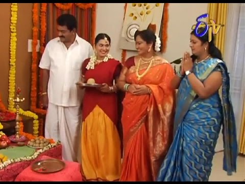 Aadade Aadharam - ఆడదే ఆధా...