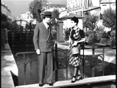 Arletty - Atmosphère -1938 tiré du film Hotel du Nord