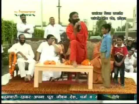 Patanjali Yogpeeth dont Discriminate between Hindu-Muslim, Said by Baba Ramdev