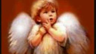 Watch Celine Dion Berceuse video