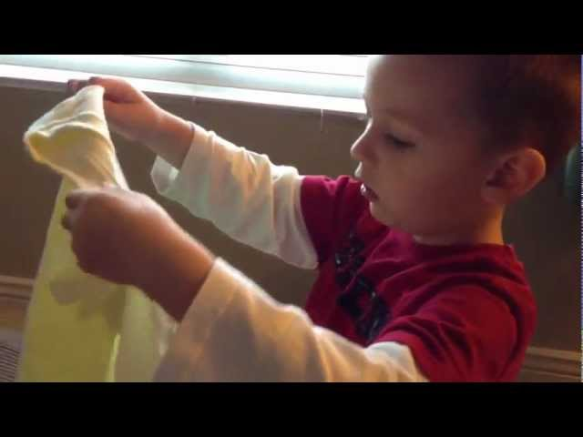 4-year-old opens Wittlebee box