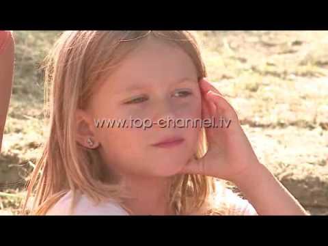 Fshati që pret me sytë nga qielli - Top Channel Albania - News - Lajme