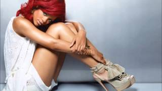 Watch Rihanna Last Call video