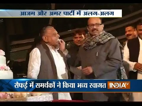 Mulayam Singh Yadav Celebrates His 76th Birthday, A R Rahman Performs