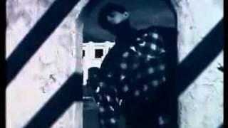 Watch Inspiral Carpets Caravan video