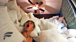 1000 PILLOWS FILLED BEDROOM PRANK!