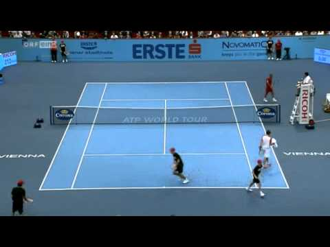 Thomas Muster vs. Dominik Thiem 2:6, 3:6 - Highlights [Teil 2]