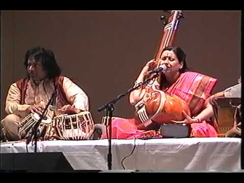 Ustad Tari Khan & Arti Anklikar Ji video