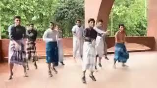 লুঙ্গি ড্যান্স ইন ঢাকার পোলা ভেরি ভেরি স্মার্ট !!   (Lungi Dance)