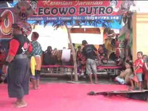 Legowo Putro Live In Bulakrejo  1 video