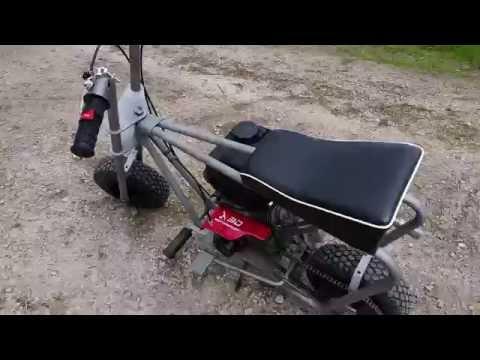 Mini bike with manual clutch