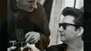 Watch Roy Orbison Pledging My Love video