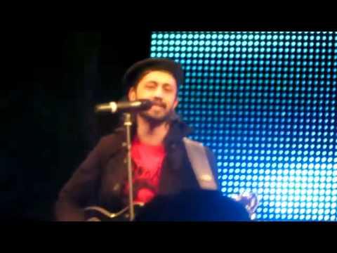 Atif Aslam Salam 2011 Dubai Concert-Jalpari (Piya Re Piya Re...