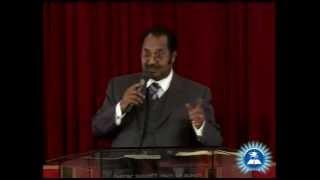Dr. Pastor Tesfa Workeneh - preaching - AmlekoTube.com