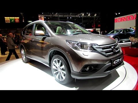 2013 Honda CRV Exclusive Navi - Exterior and Interior Walkaround - 2012 Paris Auto Show