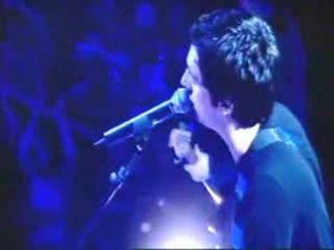 2004-02-06 - Snow Patrol - Run (Live @ TOTP)
