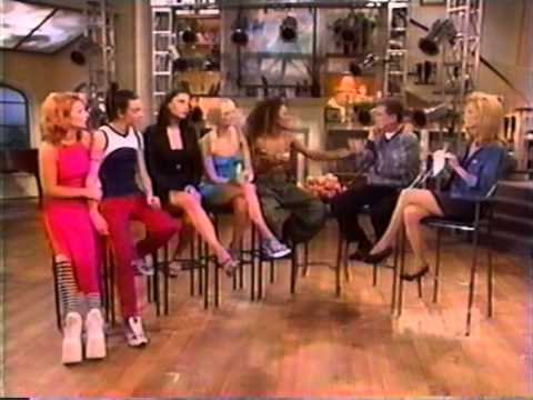 Spice Girls - Wannabe - Live! With Regis & Kathie Lee (16.05.97) klip izle