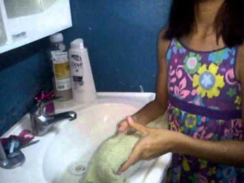 Como lavarle el pelo a tu monster high y perfumarla