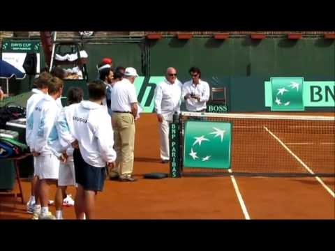 Marcel Felder, Marcelo Filippini, Diego Pérez y Federico Dondo fueron homenajeados por la ITF por su participación en Copa Davis representando a Uruguay. Car...