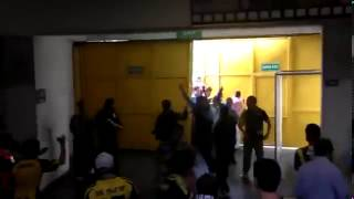Breaking the door   Turkish Hooligans Ultras Fener