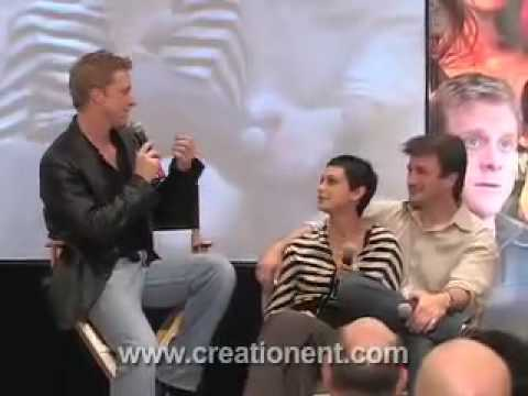 Morena Baccarin, Nathan Fillion & Alan Tudyk on stage. Video
