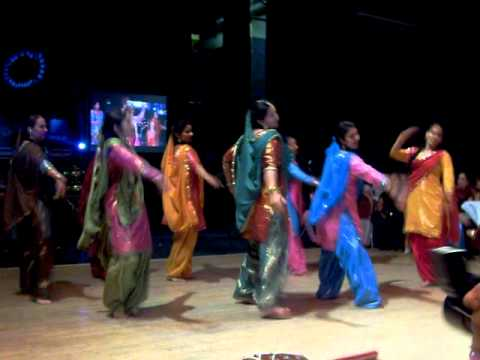 Contemporary Giddha  and Bhangra Dance ( Kala Doria)