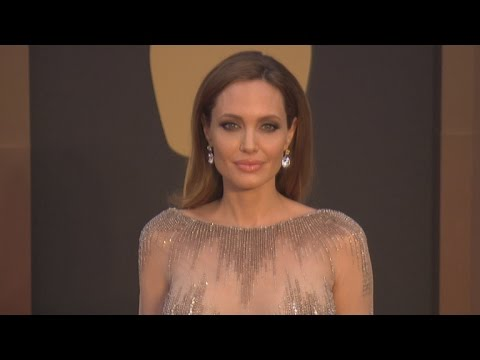 Angelina Jolie's Doctor Explains 2-Year Strategy Leading to Recent Surgery