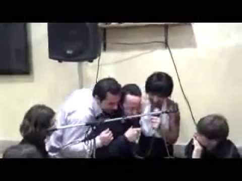un pazzo della musica dj dino   quarto e d'ultimo video .. non ci resta che piangere~ capodanno 2013