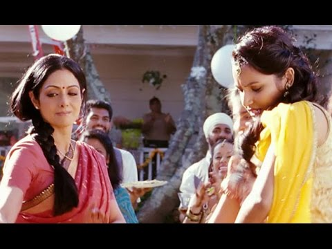 Garala Patti (Song Promo) Telugu | English Vinglish | Sridevi